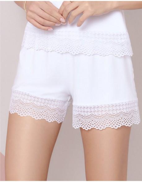 """Lühikesed püksid """"Zoey White"""""""